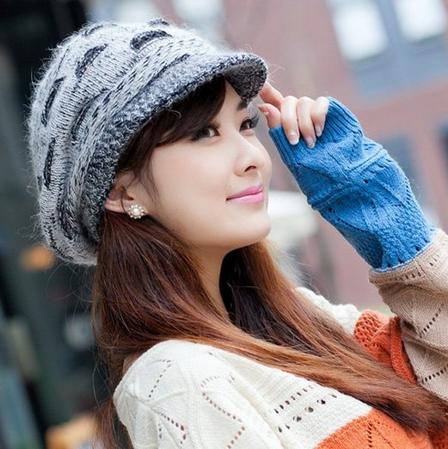 LOCOMO Women Girl Slouchy Cut Openings Fluffy Knit Beanie Crochet Rib Hat Brim Cap Winter Warm FFH004BLK Black Gray